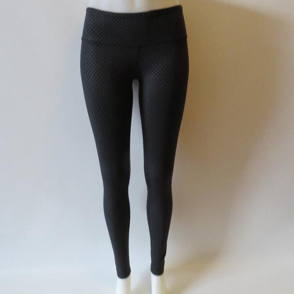d302b14ad9 lululemon athletica Pants - LULULEMON BLACK GRAY POLKA-DOT ATHLETIC LEGGING  6